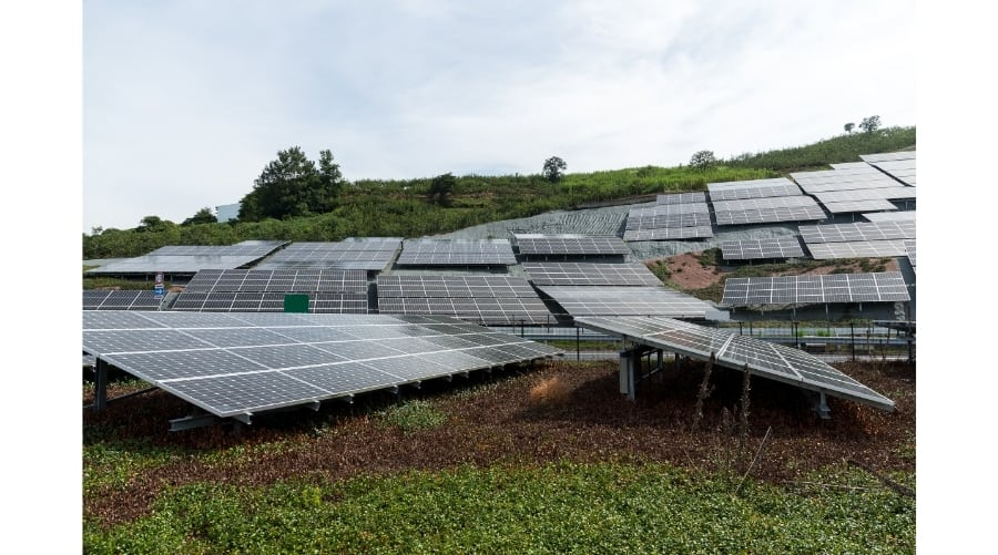 Are Solar Panels Worth It- An Electrician Who Owns Them